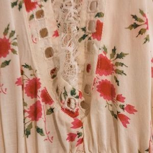 Free People Tops - *NEW* Free people floral lace strap tunic